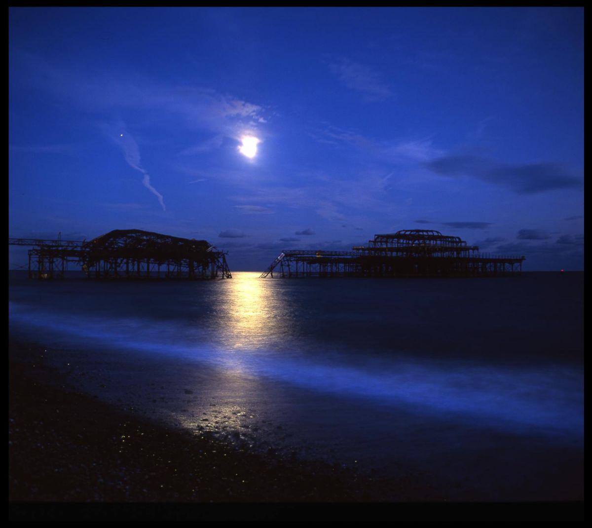 Moon&Pier